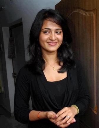 Anushka Shetty image in Black Shrug