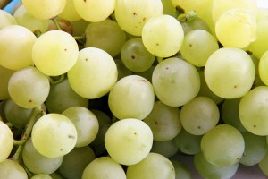 2699491721 5a14a49c22 300x200 - Amazing Health Benefits of Green Grape Juice