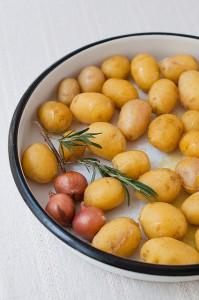 5833462948 cc06a9da6e z 199x300 - Fibre-rich baby potatoes healthy recipe with skin