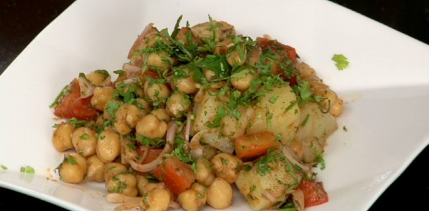 Healthy Aloo Chana Chat recipe