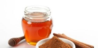 8 healthy reasons to combine honey and cinnamon