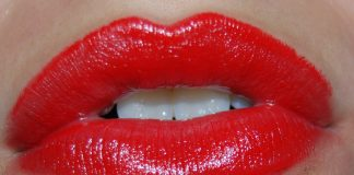 tips to get rid of dark lips naturally
