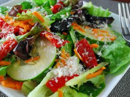 5 yummy summer salads to keep you hydrated