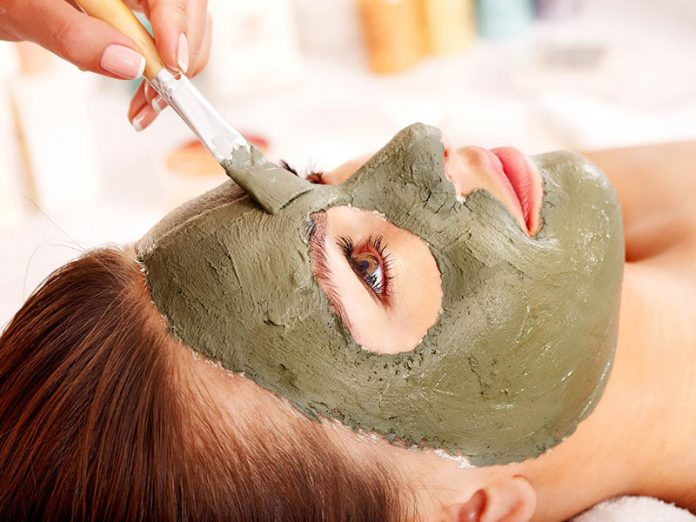 Amazing Beauty benefits of Multani mitti or fuller's earth