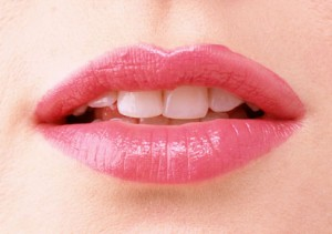 dried lips 300x211 - Causes Of Dry Lips During Summer
