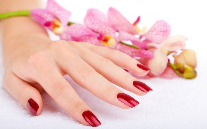 Easy and simple Tips for manicure at home