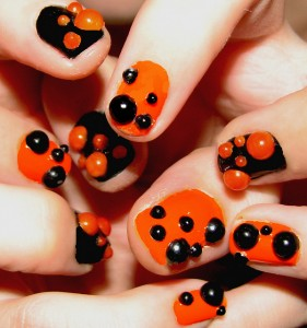 5076512332 f251d02363 z 281x300 - How Nail Polish Can Affect Your Health