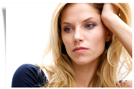 what causes mood swings in women