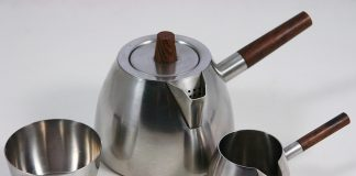 DIY hacks to make stainless steel sink shine