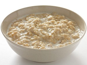 08 1439018270 06 1423207669 1oatmeal 300x225 - Foods That Remove Fats From Blood Vessels