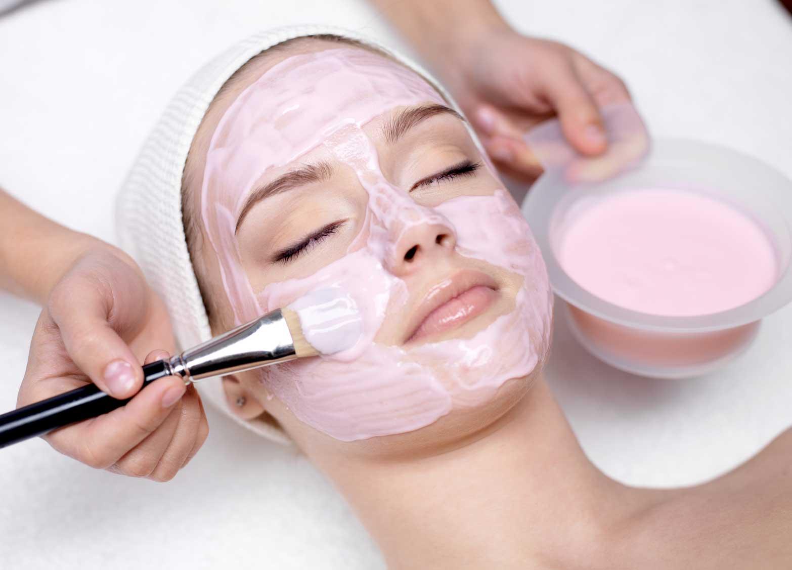 7 Benefits of Regular Facial