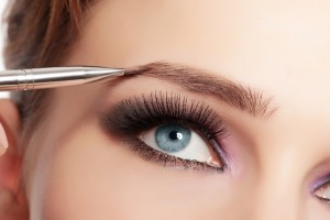 how to shape your eyebrows 4 300x200 - Tame Your Eyebrows Without Plucking