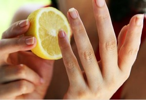 lemon nails 300x206 - Tips To Clean Your Home With Lemon