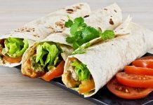 Delicious capsicum wrap recipe for breakfast