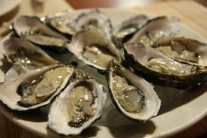 2. oysters 300x200 - Most Dangerous Foods In The World