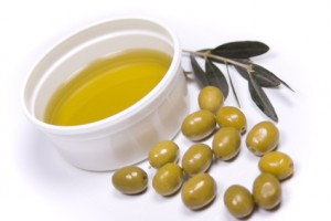 6a013488318df4970c0133f5cd1f75970b 800wi 300x200 - Is olive oil good for skin