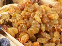 Benefits Of Eating Raisins Everyday