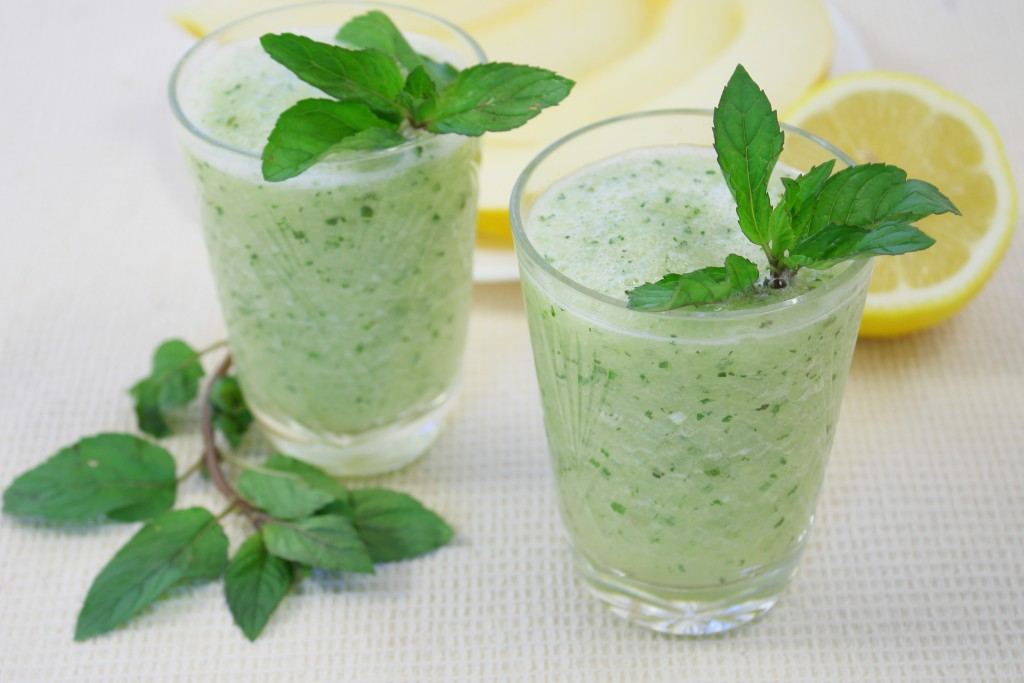 Peppermint Green Smoothie 1024x683 - 5 Best Post Workout Smoothie Recipes