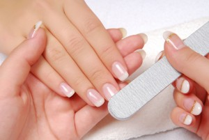 Best Ways To Whiten your Nails