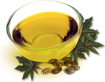 Castor oil for treating dandruff1 - Castor Oil for Treating Dandruff