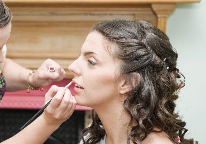 Simple Beauty Parlour Tips