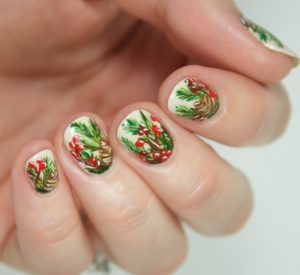 Deck the Halls Nail Art