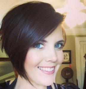 3 3 290x300 - Best 15 Stylish Short Hair cuts for women