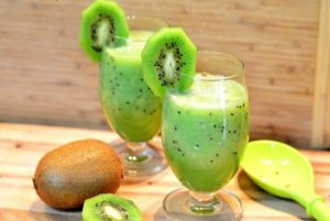 kiwi and basil smoothie – perfect diy delicious weight loss smoothie 300x201 - DIY Delightful Smoothie To Weight Loss