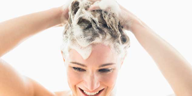 use Garlic shampoo to treat hair loss