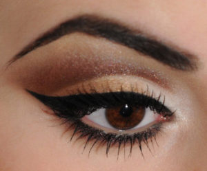 1 300x249 - Different types of eye make up you must try!