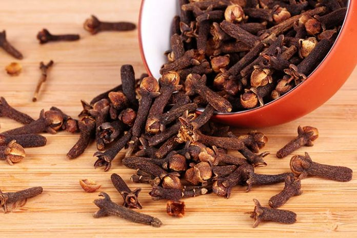 side effects of consuming cloves