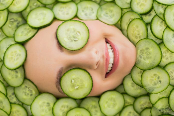 DIY Homemade Cucumber Cooling Spray