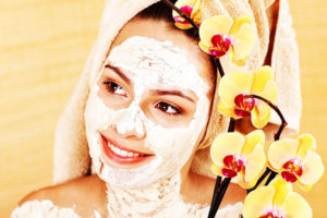 edible diy mud mask 300x200 - DIY homemade mud mask for all skin types
