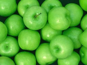 green apple scent benefits 300x225 - Wonderful Health Benefits of Green Apples