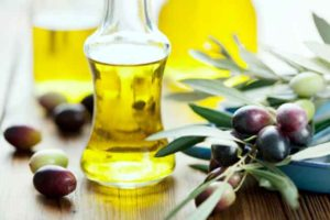 smell 7 300x200 - Best Ways To Use Olive Oil for Constipation