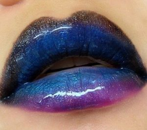 4 300x265 - How to Create Sombre ombre lip Make Up?