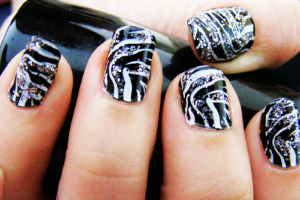 1 300x200 - Best Animal print nail art designs for you