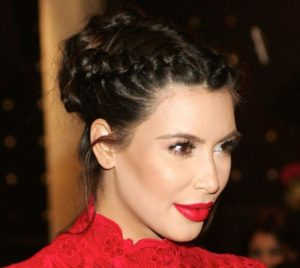 4 4 300x268 - Best Kim Kardashian Hairstyles For You!