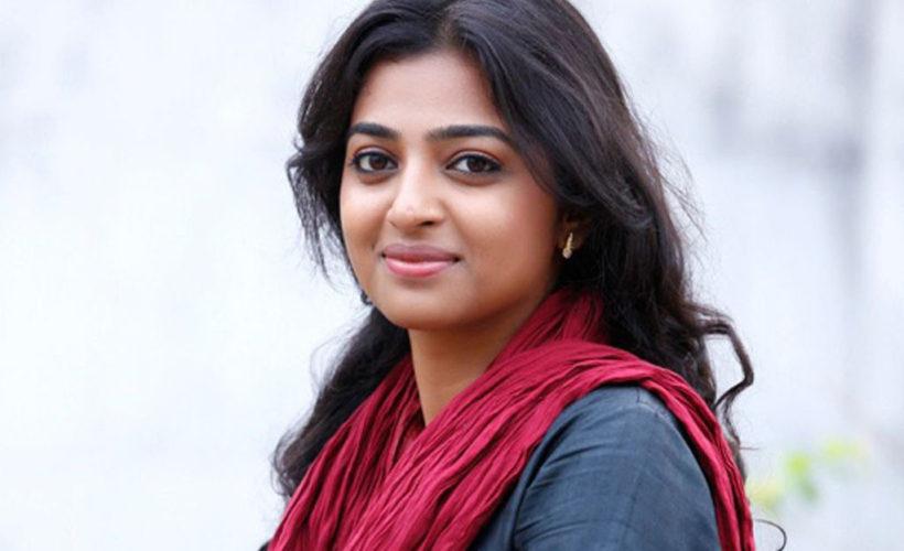 Radhika apte cute smile 1024x718 820x500 - Pictures Of Radhika Apte without Makeup