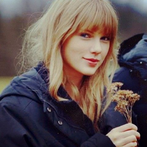 f4617e3b238095179524dff063ecea3c - Pictures Of Taylor Swift Without Makeup In Real Life