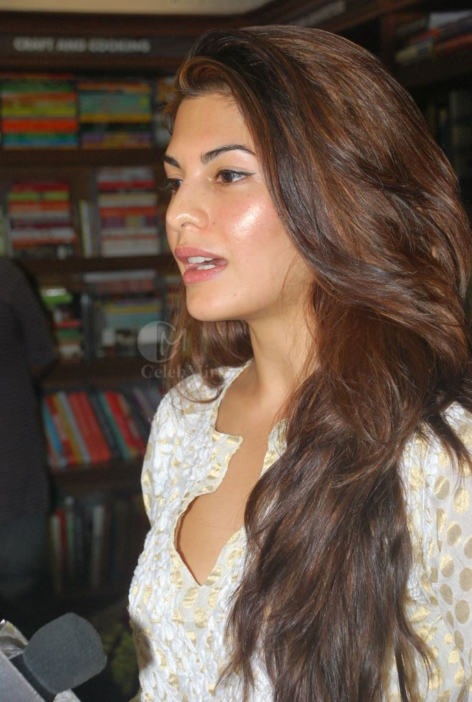 Jacqueline Fernandes without makeup 688x1024 - Pictures Of Jacqueline Fernandez Without Makeup