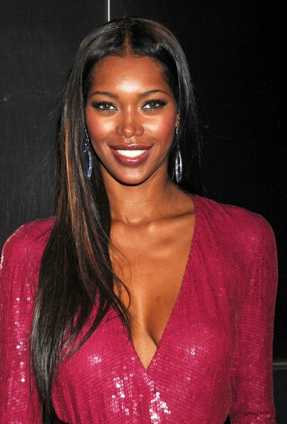JessicaWhiteLongHairstylesLongStraightYYjNSe7mHNXl - Top 10 Beautiful Black Female Celebrities