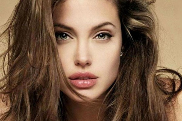 angelina jolie - Celebrities With Beautiful Tattooed Eyebrows