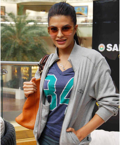 shopping list - Pictures Of Jacqueline Fernandez Without Makeup