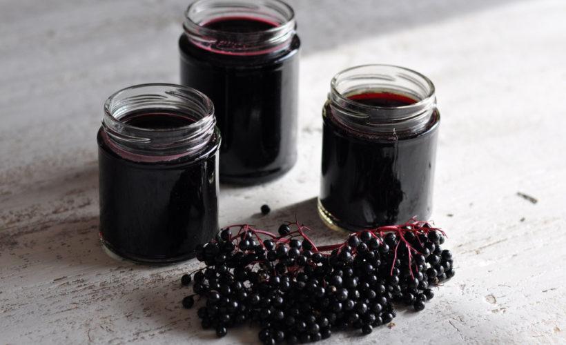 DIY Homemade Elderberry Syrup Recipe