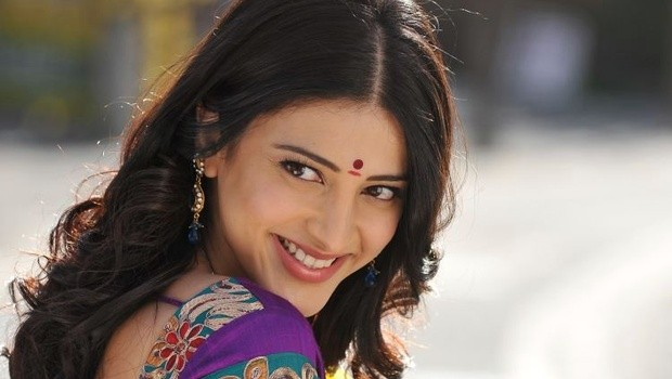 Shruti Hassan without makeup