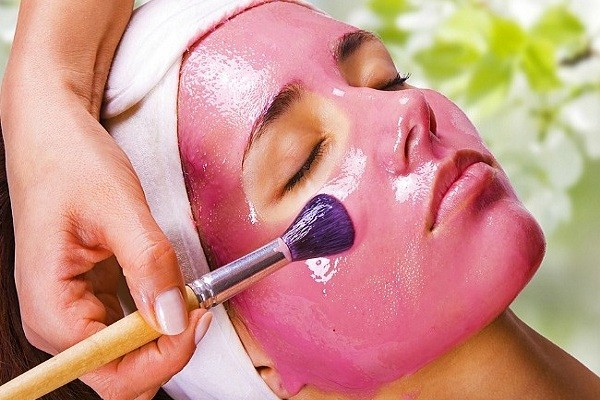 Homemade Flower Face Packs For Skin Lightening