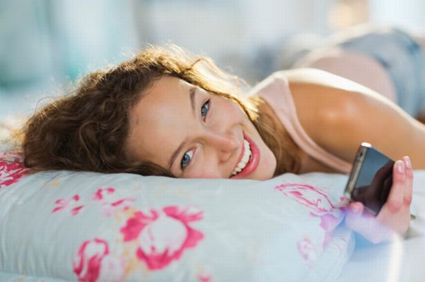 10 Easy Tips to Help You Wake Up In Perfect Mood
