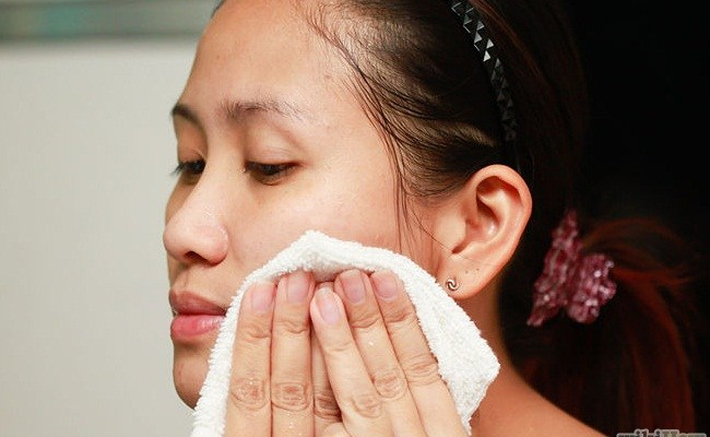 Easy Steps To Use Hydrogen Peroxide To Treat Acne