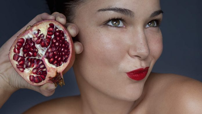 9 foods can age your skin before time